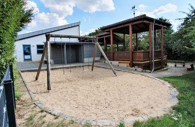 Hauptausschuss stimmte Anbau einer Krippengruppe am Kuratie-Kindergarten zu und beauftragte einen Planer