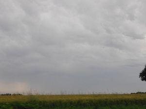 Entre la Ferrière et la Chèze.  La première photo montre le côté gauche, même pas un petit coin de bleu.