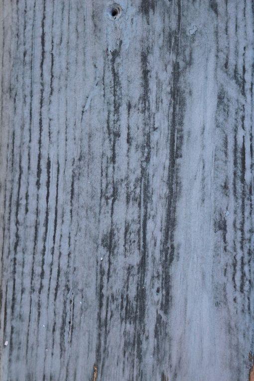 patine chaulée Patinesbio coloris bleu ciel d'orage sur la Provence
