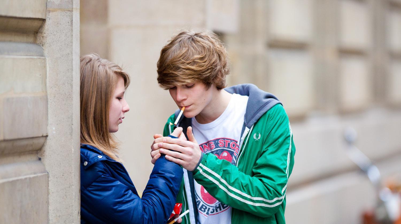 10 conseils aux parents pour aider leur ado à arrêter de fumer