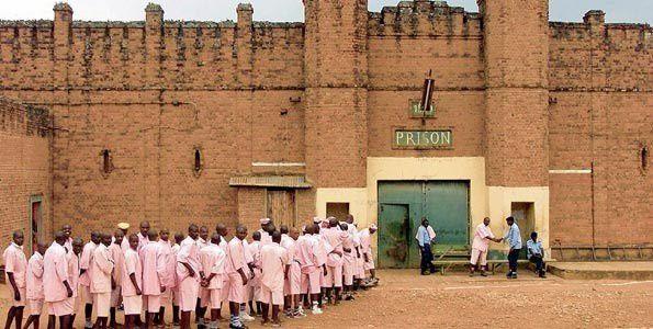Ni akumiro! Ngo gereza za leta y'u Rwanda ku ngoma ya Kagame zabaye isibaniro ry'ubutinganyi n'ibindi bikorwa by'urukozasoni!