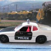PORSCHE 924 POLICE CORGI 1/36 - car-collector.net