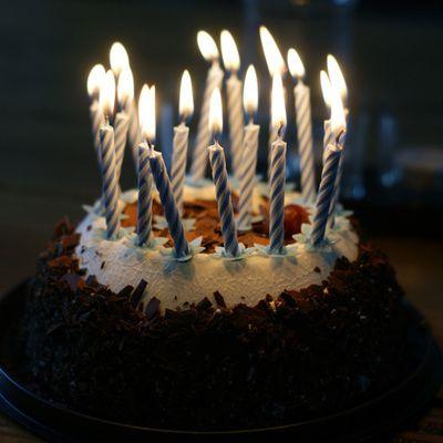 Comment préparer un gâteau d'anniversaire ? (ingrédients, préparation)