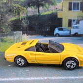 FERRARI 308 GTS QUATTROVALVOLE HOT WHEELS 1/64 - car-collector.net