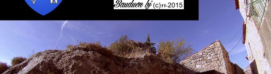 BAUDUEN VILLAGE PERCHE DU VAR dominant le lac de Ste Croix