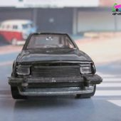 FORD ESCORT XR3 HOT WHEELS 1/64 - car-collector.net