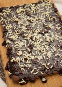 Texas sheet cake ou le gâteau plaque au chocolat et aux noix de pécan