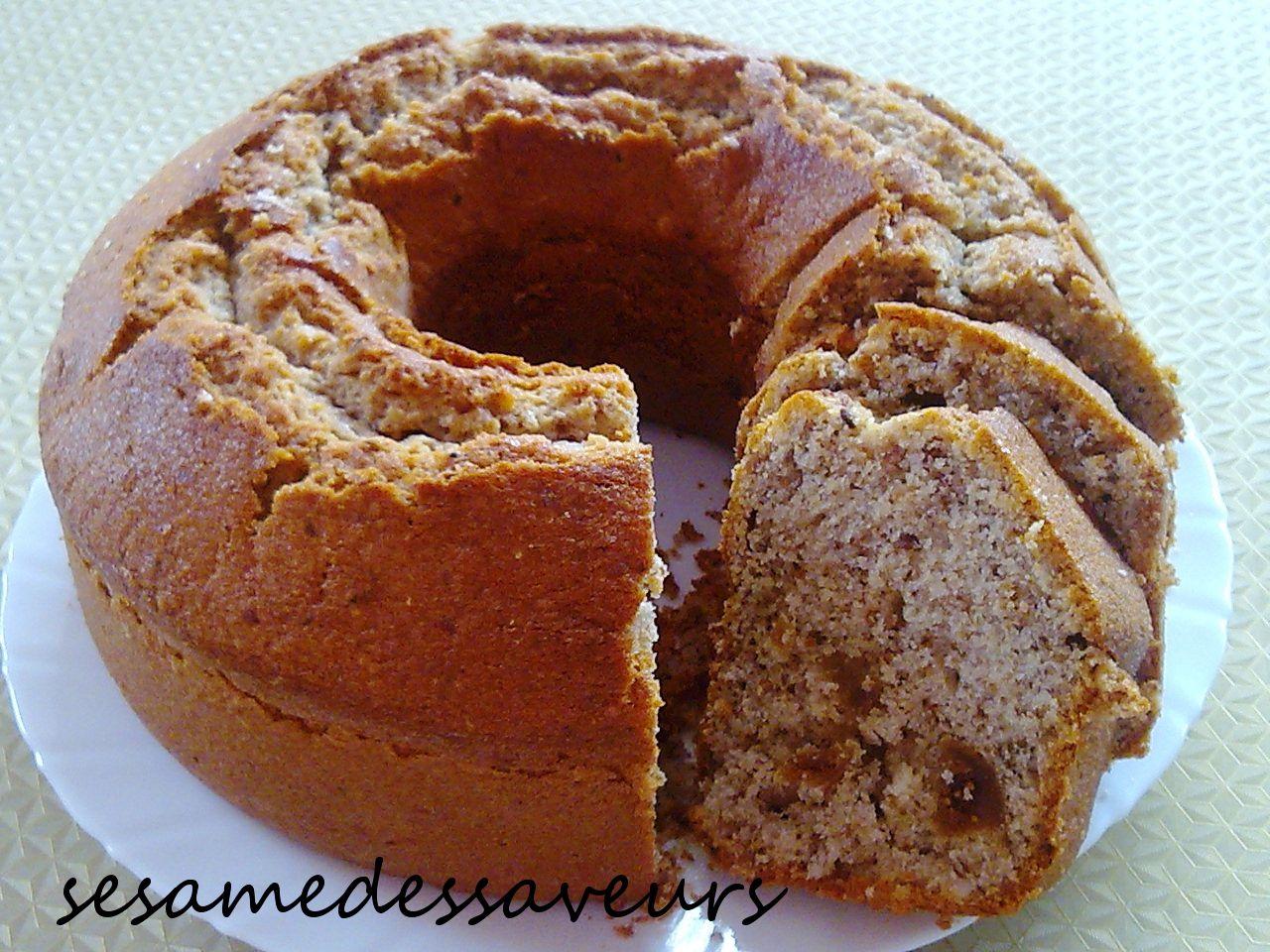 Cake aux noix, amandes et figues sèches