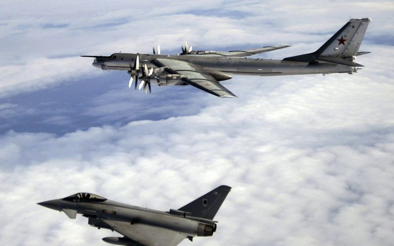 La Royal Air Force intercepte deux Tu-95 Bear russes