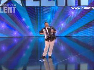 vojitech szabo, un accordéoniste slovaque qui en solo est désormais l'un des plus performants en europe pour le jazz, musique française et argentine