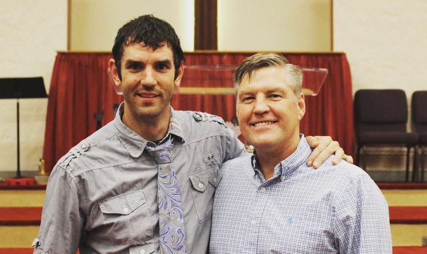 Mormonisme : La grâce lui est révélée alors qu'il a essayé de convertir un pasteur baptiste