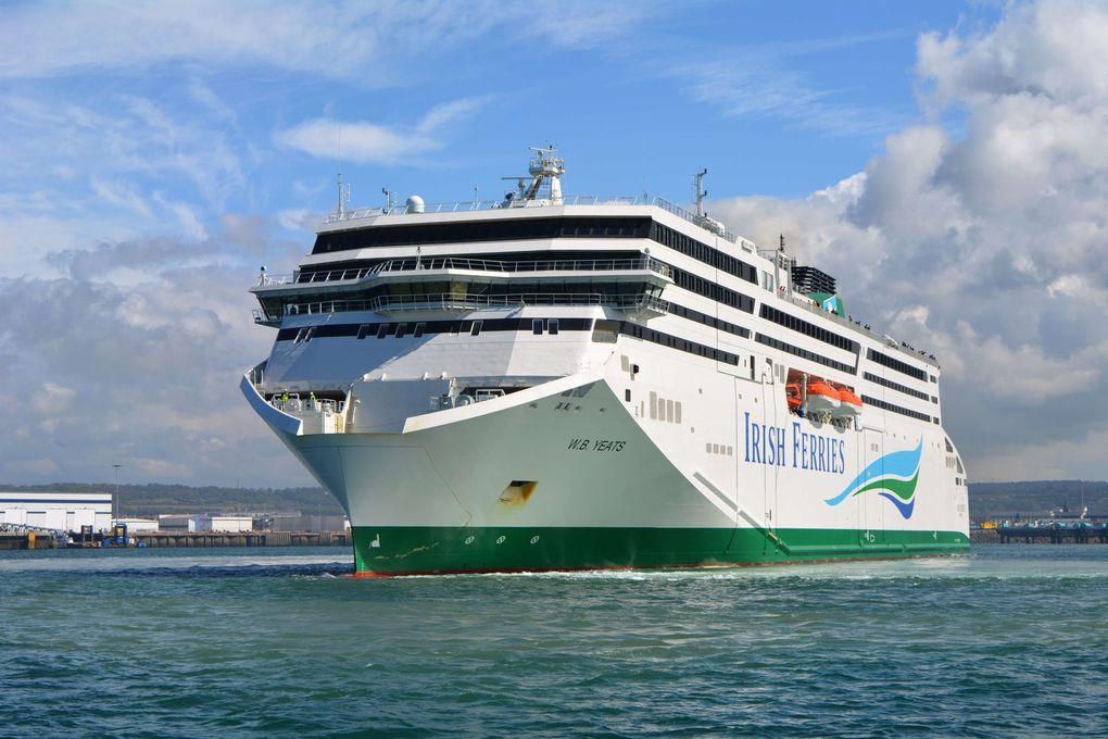 Le WB Yeats opère trois rotations hebdomadaires entre Cherbourg et Dublin, en remplacement de l'Epsilon