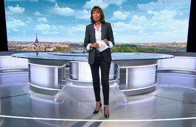 Leïla Kaddour, look tailleur chemise, so smart