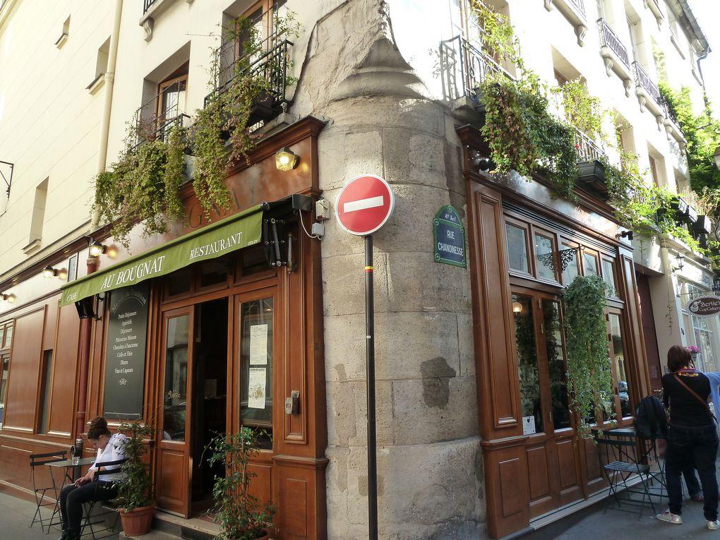 Rue Chanoinesse.