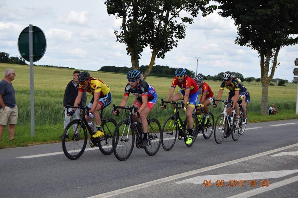 Album photos des courses UFOLEP de Cloyes sur Le Loir du 4-6-17