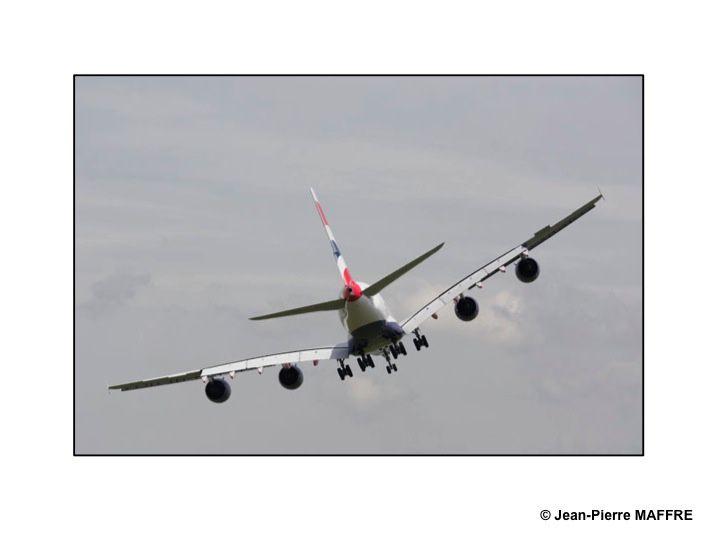 Par ordre d'entrée en scène voici quelques avions qui ont été présentés, entre deux orages, au Salon du Bourget 2013.