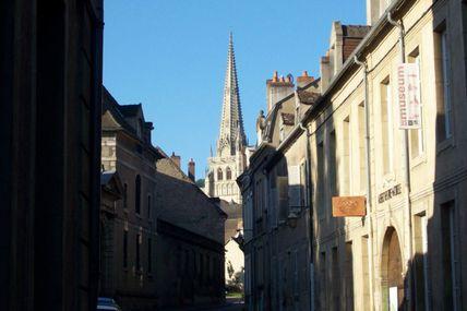 Quartier de la Croix-Verte : la rue Saint-Antoine.