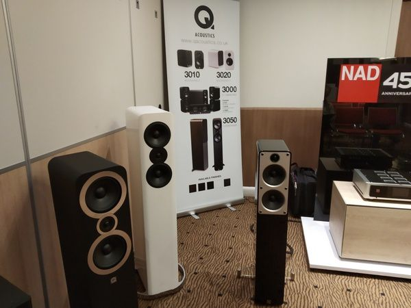 stand Q Acoustics - BlueSound @ Paris Audio Vidéo Show 2018 - Tests et Bons Plans