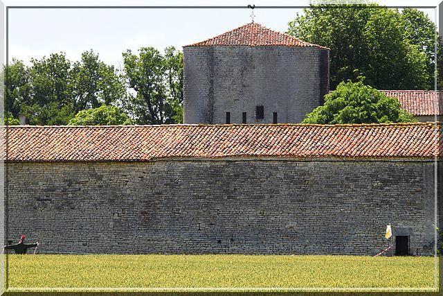 Diaporama château de Villeneuve la Comtesse