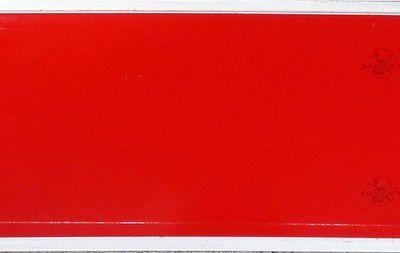 Plaque d'immatriculation rouge transit format européen