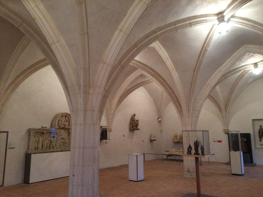 Monastère royal de Brou, l'église, le jubé, le choeur, le cloître, le réfectoire...