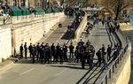 #Covid-19 : à #Paris, les quais de #Seine évacués par la #police pour le deuxième week-end de suite