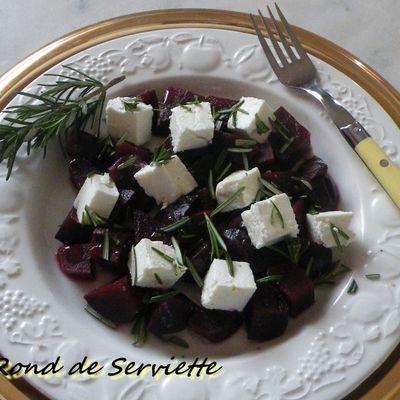 Salade de betteraves et feta au romarin