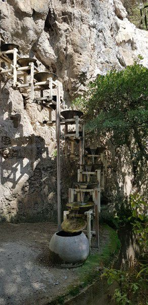 Le Jardin des Fontaines Pétrifiantes - La Sône