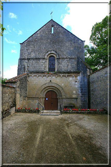 Diaporama église fortifiée de Lozay