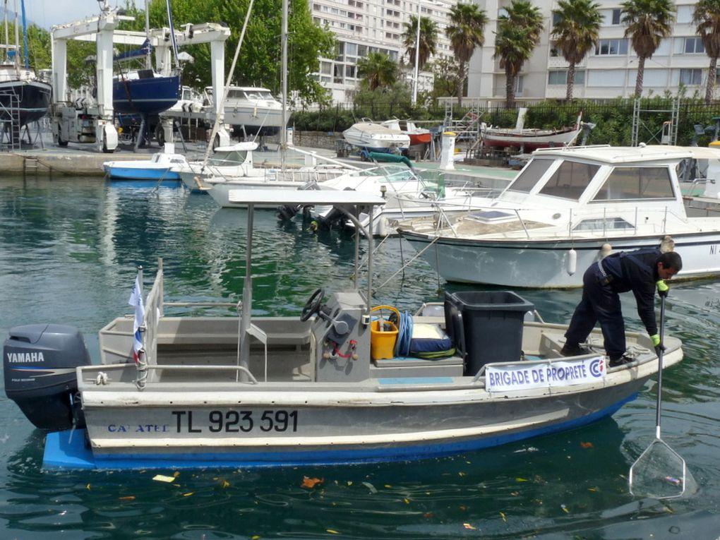 GALATEE , pour la propretée du port de Toulon , le 16 avril 2016