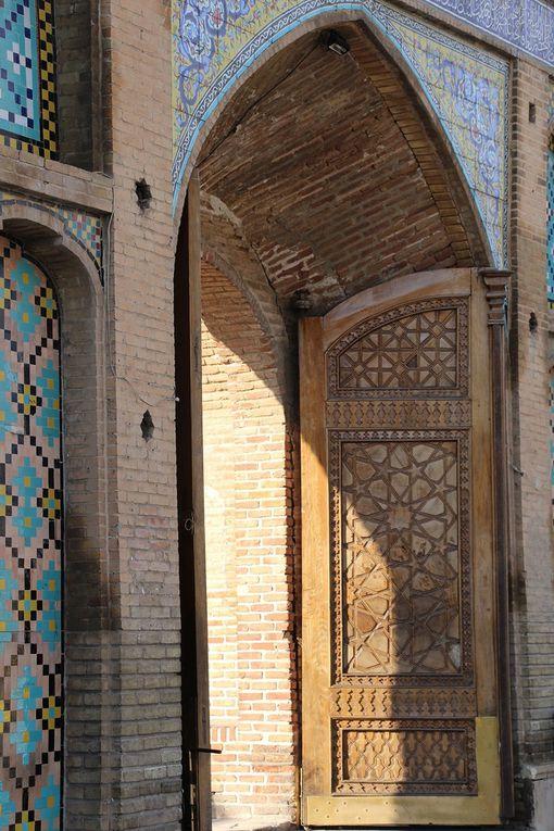 QAZVIN - Imamzadeh Hosseyn : contient la tombe d'un fils de l'Imama Réza (VIIIe imam) - fondé au VIX ieme VXV ieme siècle, il fut construit sous les Safavides 1559-60.