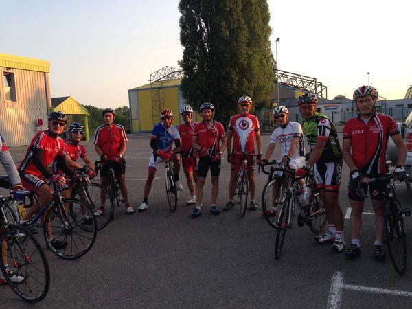 Sortie matinale à 6h30 pour 12 cyclos !!!  Direction Contrex..