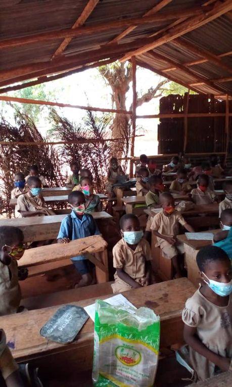 des images de l'école de DJAGBLE près de LOME (TOGO)