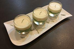 Panna cotta au parmesan sur caviar de courgettes
