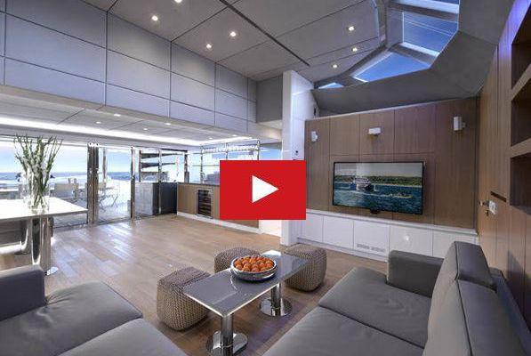 VIDEO - Sunreef fait le buzz à Cannes avec son nouveau motoryacht catamaran de 70 pieds