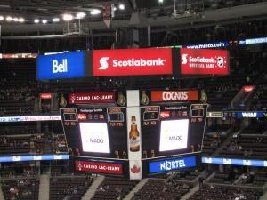 Hockey Game : Senators (Ottawa) vs Canucks (Vancouver)