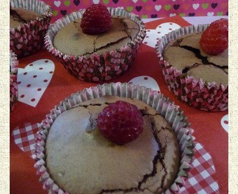 Muffins au chocolat au coeur framboise
