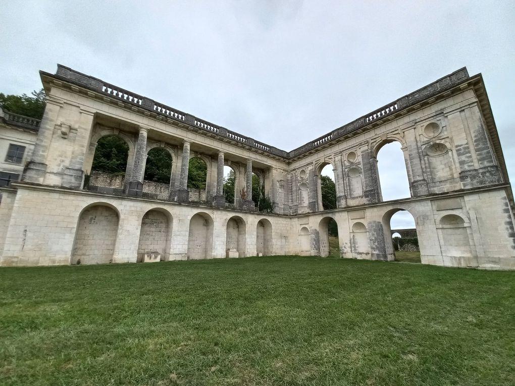 """Une folie fraternelle, """"Versailles charentais"""" : le château de la Mercerie"""