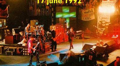 U2 -ZOO TV Tour -17/06/1992 -Sheffield -Angleterre -Indoor Sports Arena
