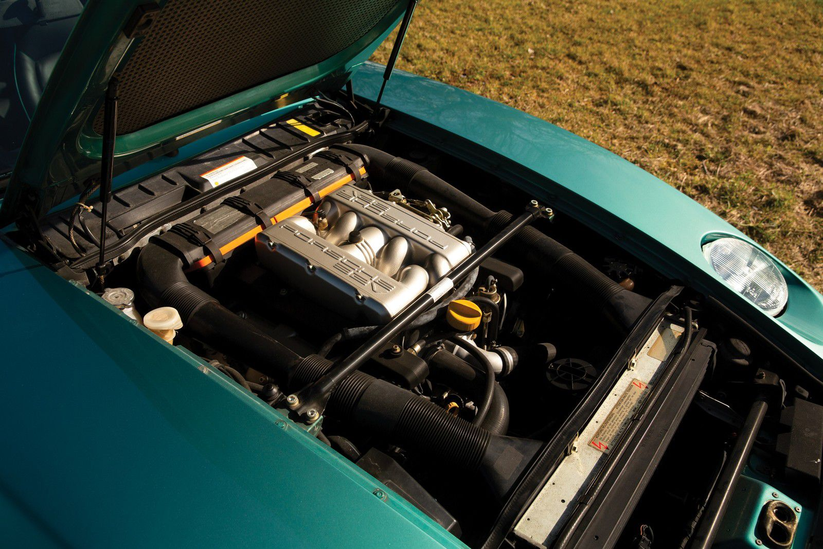 VOITURES DE LEGENDE (1234) : PORSCHE  928 GTS  5.4 V8 - 1992