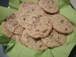 Cookies chocolat noisettes de Laurent Mariotte dans petits plats en équilibre
