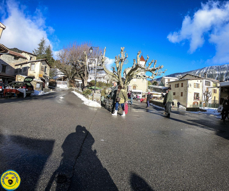 La Mure Argens  : Marché de Noel sous la neige
