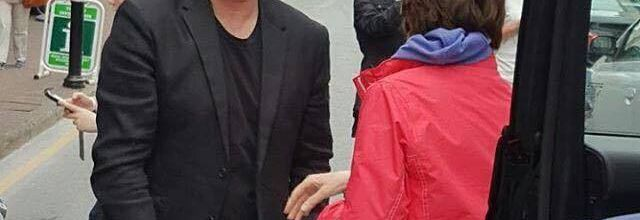 Bono dans la rue de Waterford-Ireland-27/05/2016.