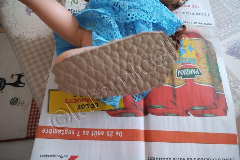 tuto gratuit poupée : fines sandales élastique