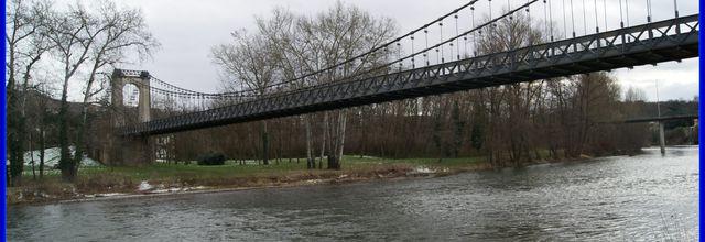 Pont suspendu a Coudes 63