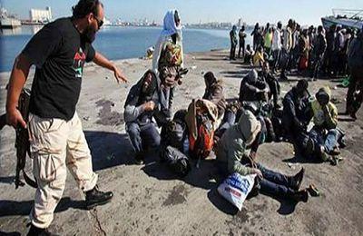 Depuis la destruction du régime socialiste de Kadhafi en Libye, des migrants africains sont assassinés ou brûlés vifs
