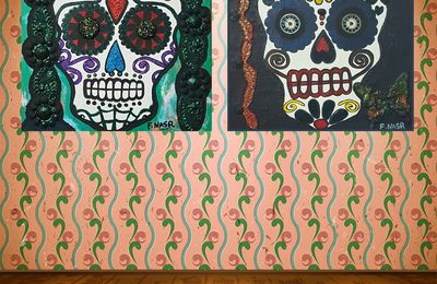 2 calaveras skull - deux têtes de mort - tableaux emblématiques du Jour des morts, 2 peintures technique mixte sur toile par FATHIA NASR