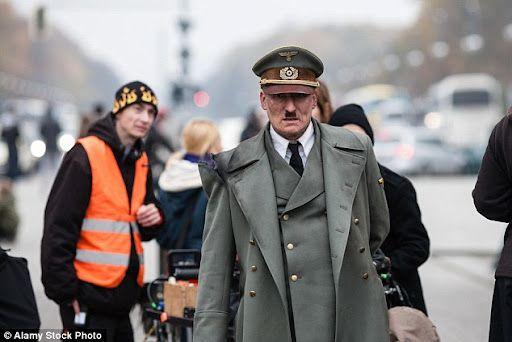 Il est de retour, Hitler