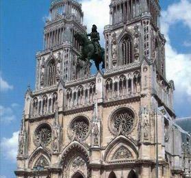 Echappée de la place du Martroi, on a retrouvé Jeanne d'Arc !