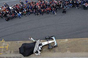 Mercedes invite des fans pour son lancement de la W08